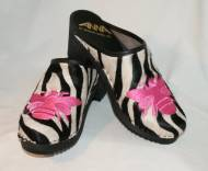 Monogrammed Fur Clogs!